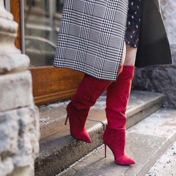 Modne buty damskie – przegląd najpopularniejszych modeli